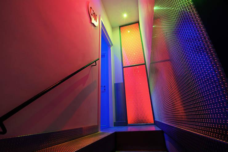 Projekty,  Bary i kluby zaprojektowane przez atelier qbe3
