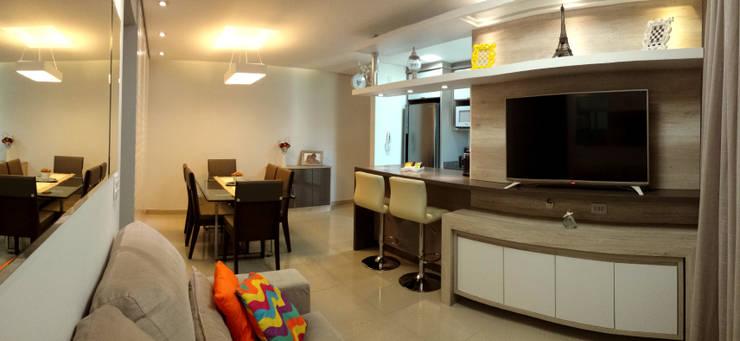 modern Living room by MRAM Studio