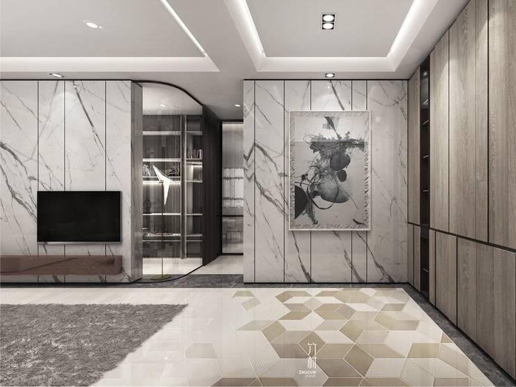 家的想像:  走廊 & 玄關 by 竹村空間 Zhucun Design