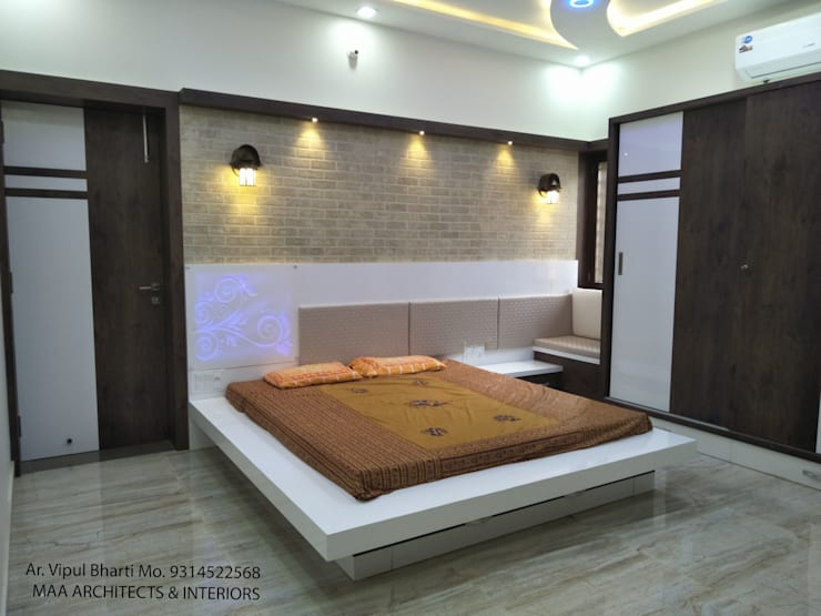 Sunil ji Kalyani :  Bedroom by MAA ARCHITECTS & INTERIOR DESIGNERS