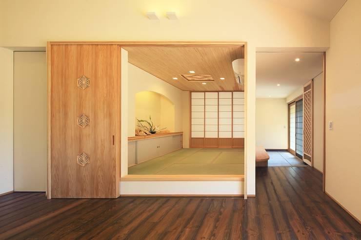 杜の癒しの家: ing-環境設計室が手掛けた和室です。