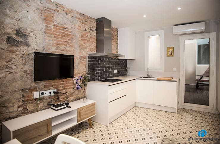 置入式廚房 by Grupo Inventia