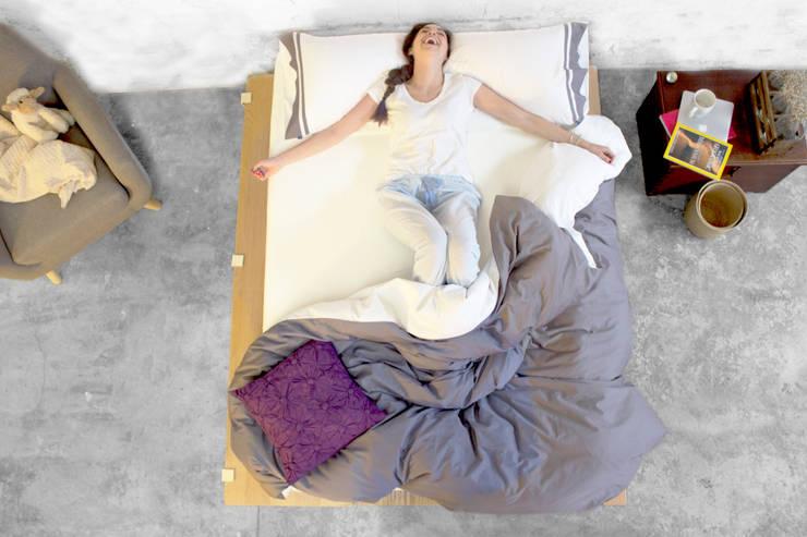 modern Bedroom by Nezt Descanso