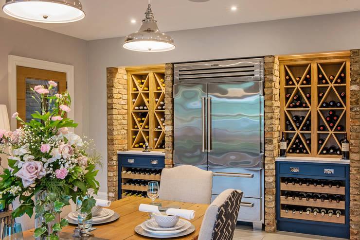 Dapur oleh Raycross Interiors, Klasik