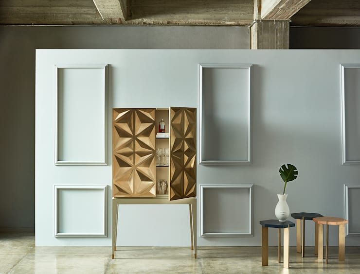 ANTONIA COLLECTION | Mobiliario y Decoración : Salones de estilo  por C | C INTERIOR ARCHITECTURE