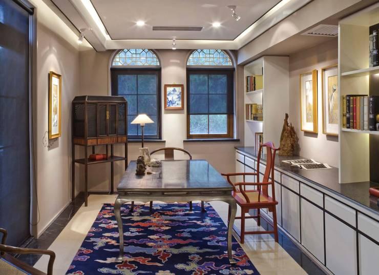觀想書房:  書房/辦公室 by 大真室內裝修設計有限公司