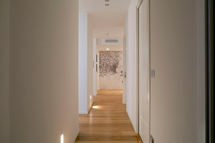 Corridor and hallway by studio ferlazzo natoli