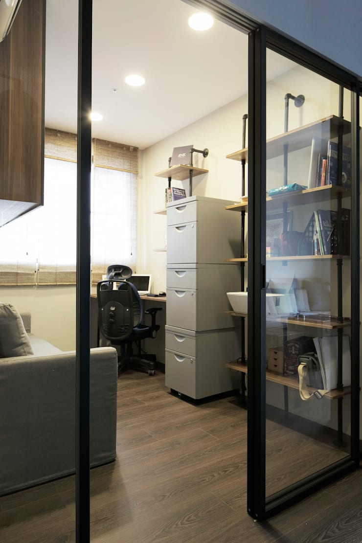 藝術工作者的私密天空:  書房/辦公室 by DIANTHUS 康乃馨室內設計