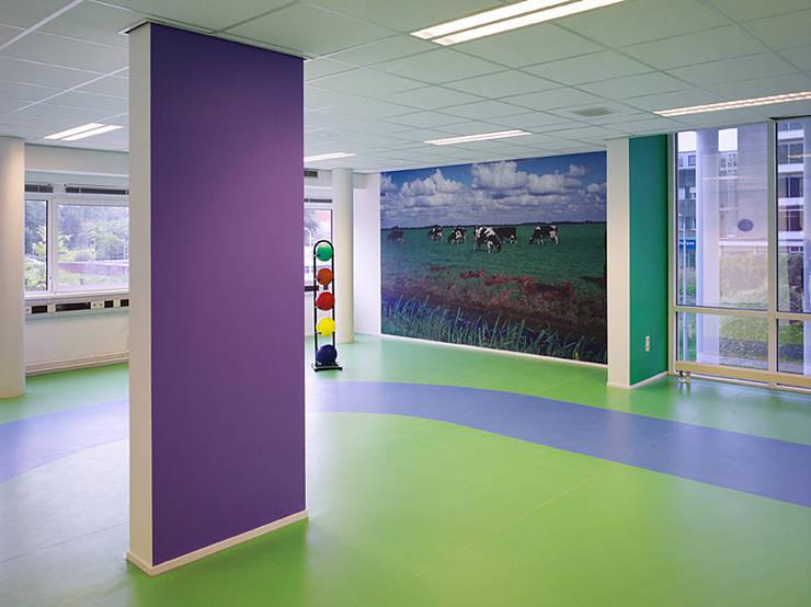 Oefenzaal:  Fitnessruimte door Jan Detz Interieurarchitect, Modern