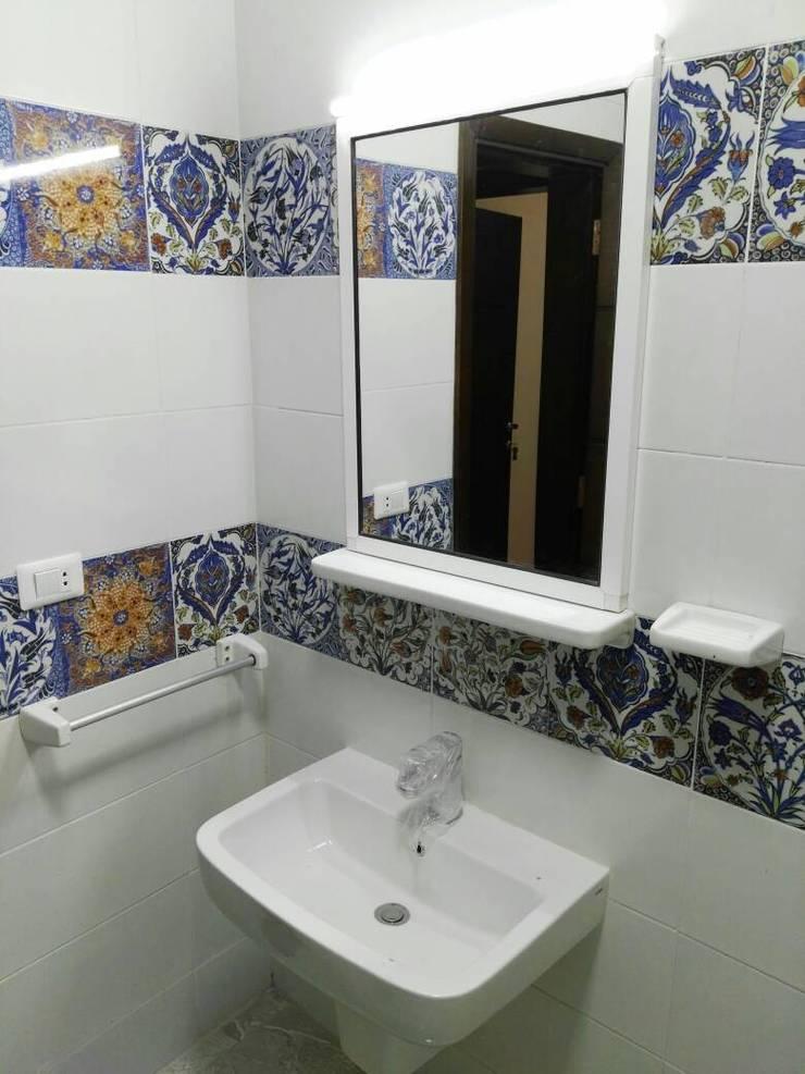 حمام صغير:  حمام تنفيذ TRK Architecture,