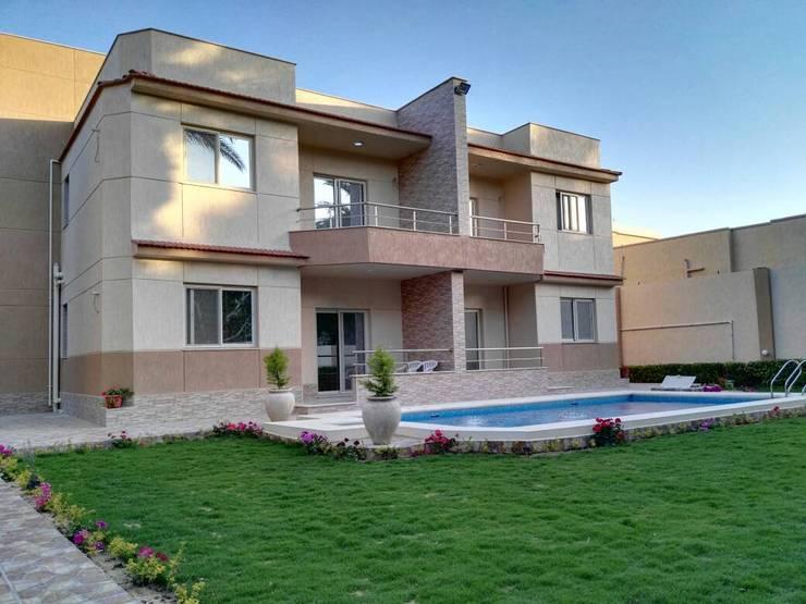 بركة مائية تنفيذ New Home Architecture