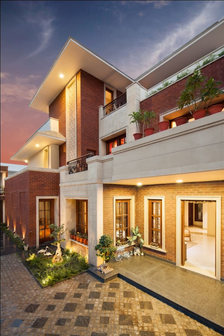Aggarwal Residence:  Bungalows by groupDCA