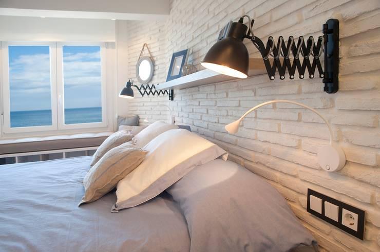 Dormitorios de estilo industrial por Sube Susaeta Interiorismo