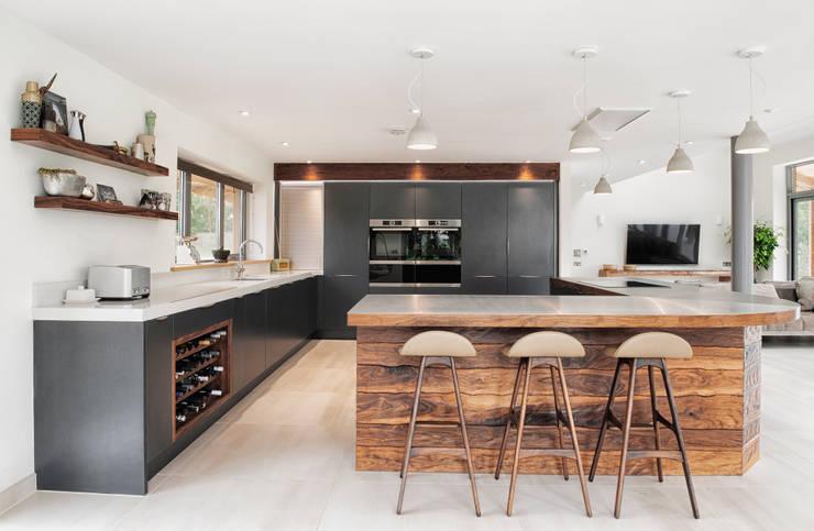 Cocinas integrales de estilo  por Dan Wray Photography