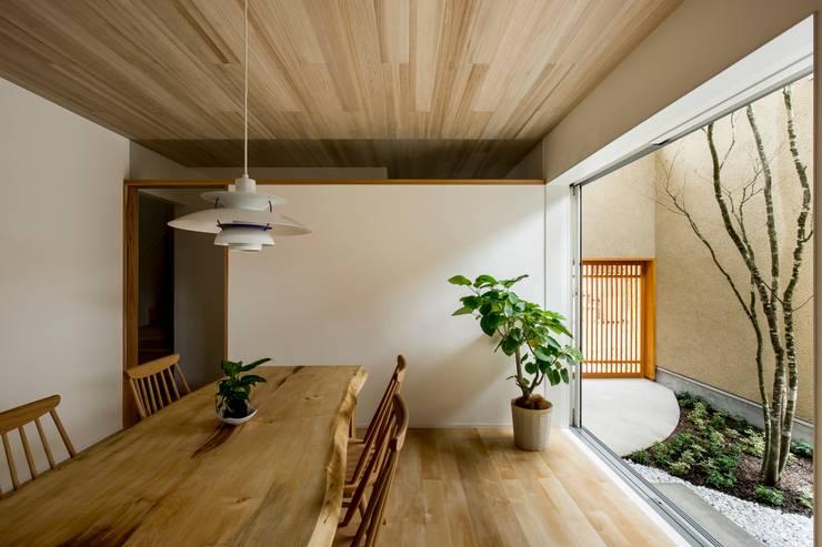 غرفة السفرة تنفيذ HEARTH ARCHITECTS/ハース建築設計事務所