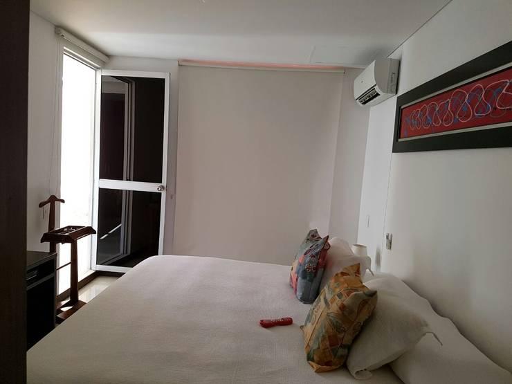 Cómodas habitaciones con salida al balcon: Habitaciones de estilo  por CH Proyectos Inmobiliarios