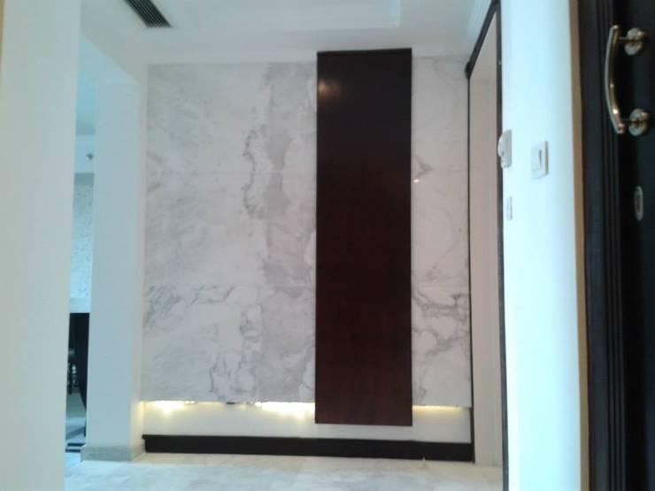 جدارية المدخل :  جدران تنفيذ Quattro designs ,