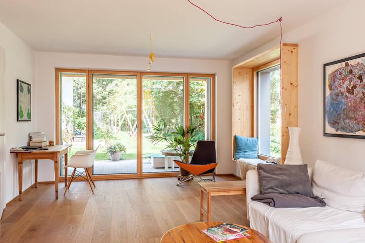Projekty,  Salon zaprojektowane przez Architekturbüro Schaub
