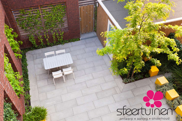 Industrial style garden by Sfeertuinen Industrial Aluminium/Zinc