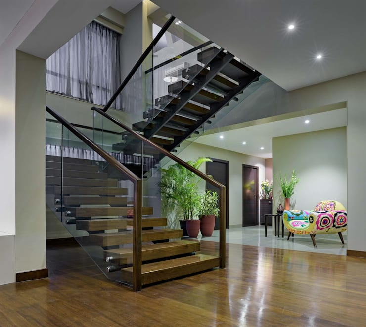 Penthouse:  Corridor & hallway by Artistic Design Works