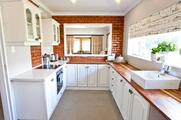 وحدات مطبخ تنفيذ Redesign Interiors