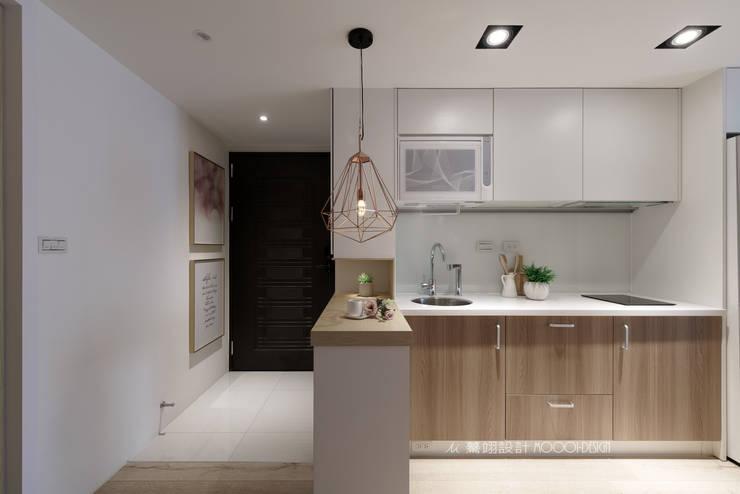廚房/玄關:  走廊 & 玄關 by Moooi Design 驀翊設計