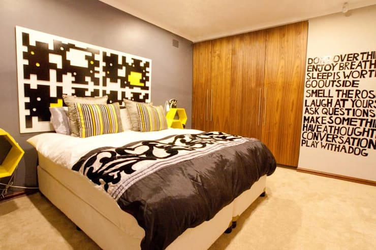 House James :  Bedroom by Redesign Interiors