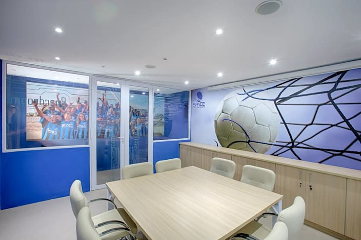 Space TV offices :  Commercial Spaces by BHD Interiors, Modern