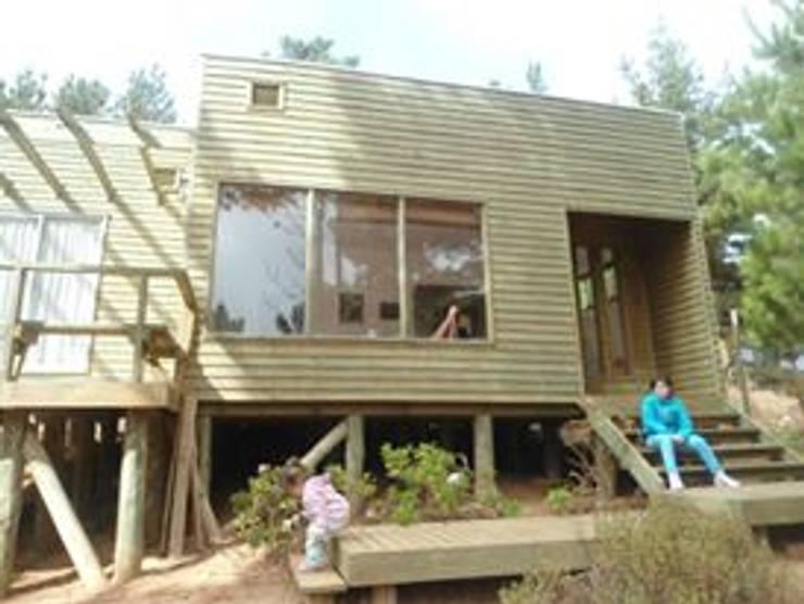 Cabaña Laguna Verde: Casas de estilo  por BRATZ ARQUITECTURA