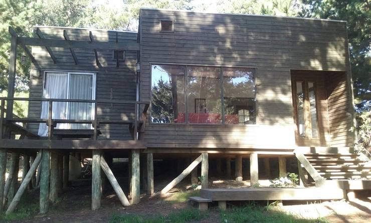 Casa Laguna Verde: Casas de estilo  por BRATZ ARQUITECTURA