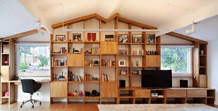 Salas/Recibidores de estilo  por ODVO Arquitetura e Urbanismo