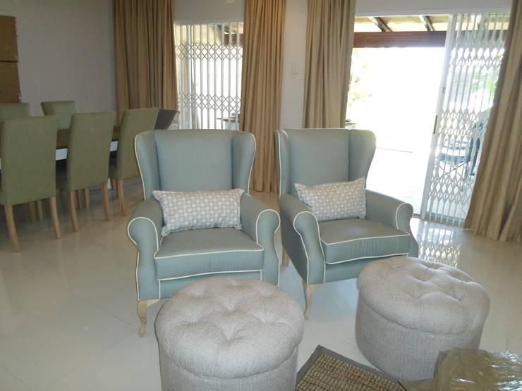 Salones de estilo  de BHD Interiors, Moderno