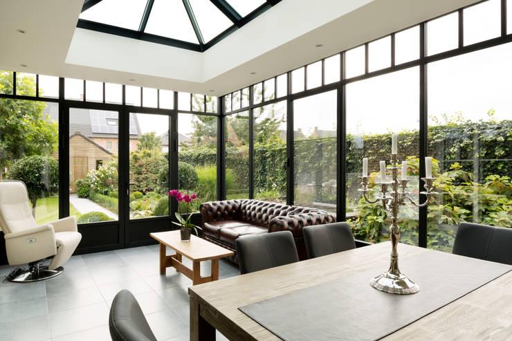 Projekty,  Ogród zimowy zaprojektowane przez Verandaland Perfecta