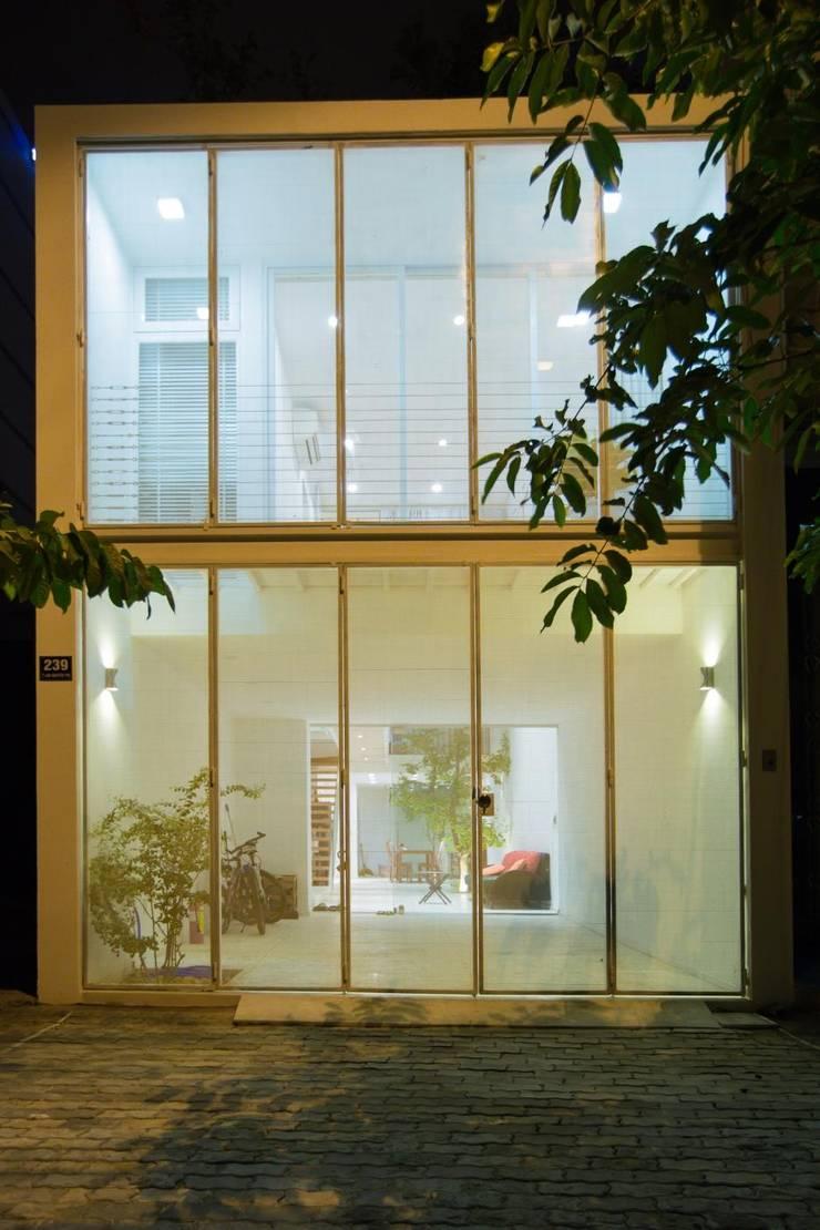 Nhà Phố – Đà Nẵng:  Nhà by Công ty trách nhiệm hữu hạn ANP