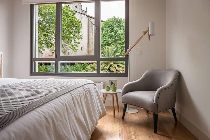 Projekty,  Sypialnia zaprojektowane przez Estibaliz Martín Interiorismo