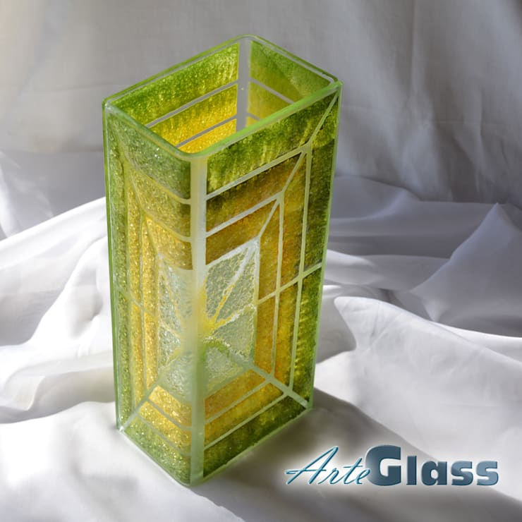 Vase green yellow 30 cm square:  Living room by ArteGlass