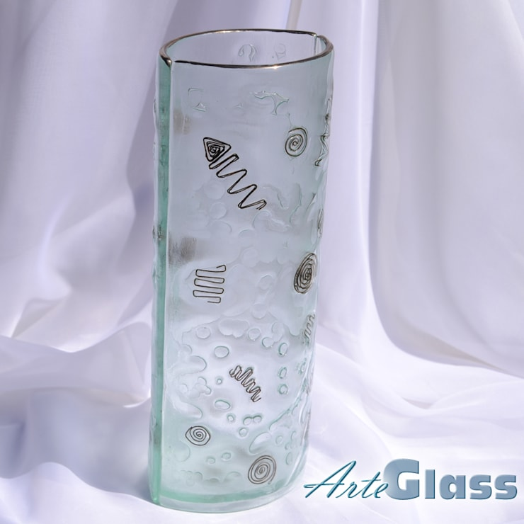 Vase clear with metal and oldplatinum 30 cm rounded:  Living room by ArteGlass