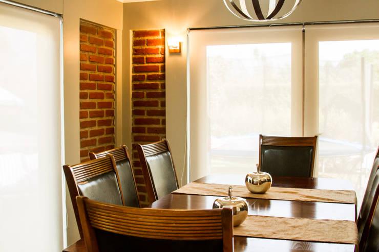 Interior Design: Comedores de estilo  por Decotela