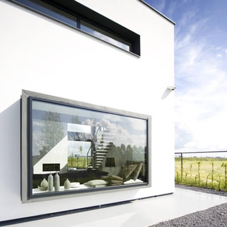 erkerkozijn:  Villa door Archstudio Architecten | Villa's en interieur,