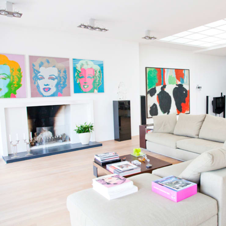 openhaard:  Woonkamer door Archstudio Architecten | Villa's en interieur,