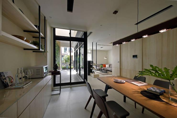 隨意隨心,恰如其分的空間:  餐廳 by 奇承威設計事業