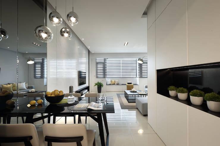 最簡單的黑白,卻藏著最精彩的語彙:  餐廳 by 楊允幀空間設計