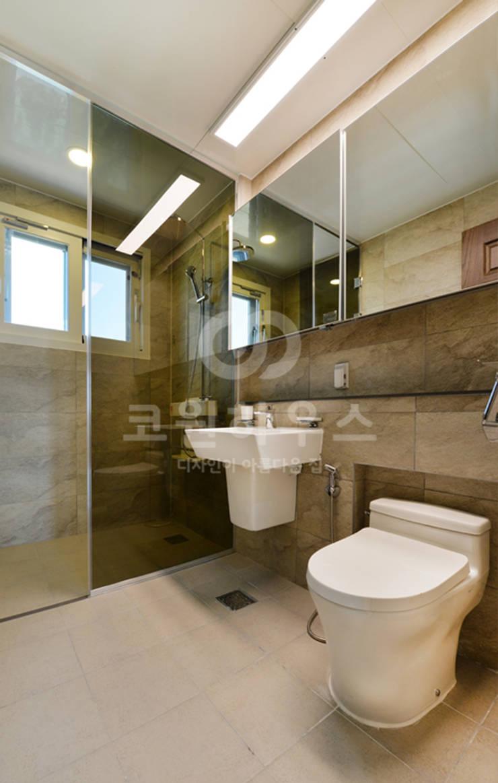 여주 신진동: 코원하우스의  욕실
