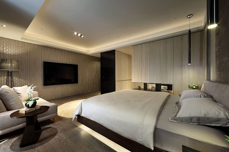 從容:  臥室 by 奇承威設計事業
