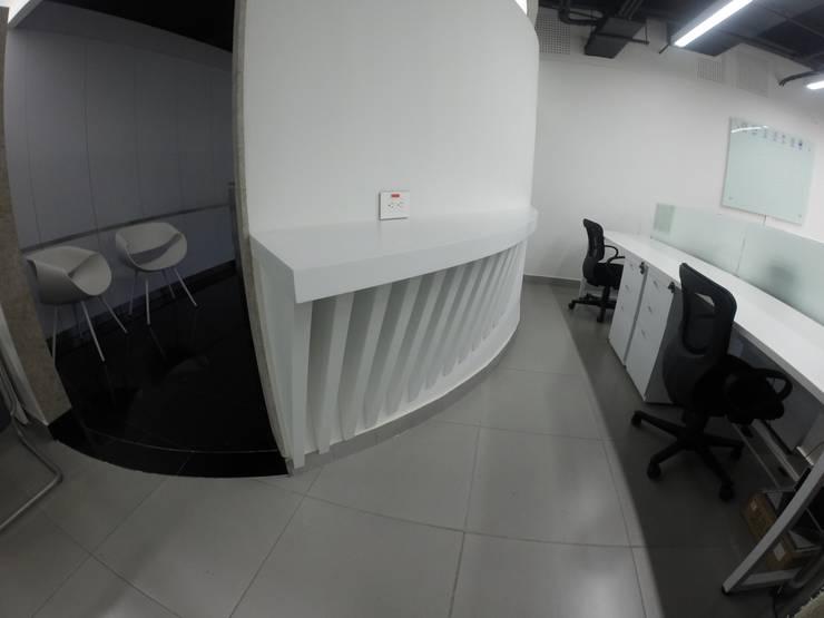Barra de Café: Oficinas y tiendas de estilo  por MODE ARQUITECTOS SAS