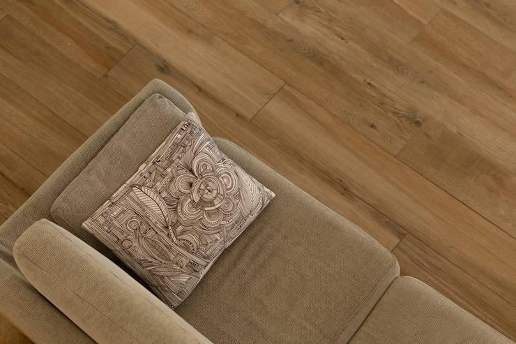 Salas de estilo moderno de Progettolegno srl Moderno Madera Acabado en madera