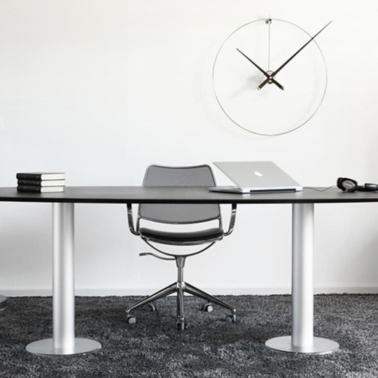 Nomon New Anda - Black Lacquered:  Study/office by Just For Clocks