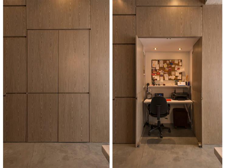 STUDIO: Salas de estilo  por Martínez Arquitectura