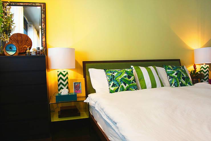 Emaar Lofts Family House Dormitorios de estilo ecléctico de Harf Noon Design Studio Ecléctico