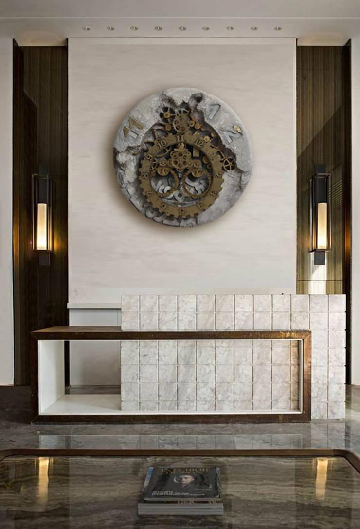 Corridor & hallway by Zegary Design